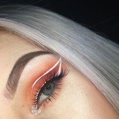 Outstanding Beauty tips are available on our website. Read more and you wont be … Outstanding Beauty tips are available on our website. Read more and you wont be sorry you did. Makeup Eye Looks, Eye Makeup Art, Cute Makeup, Pretty Makeup, Skin Makeup, Beauty Makeup, Glam Makeup, Eyeliner Make-up, White Eyeliner Makeup