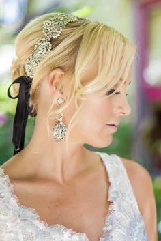 wedding hairstyle idea; photo: JAIME DAVIS PHOTOGRAPHY