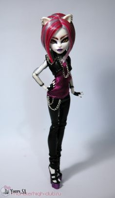 MH outfit with pattern and tutorial in Russian Monster High Doll Clothes, Custom Monster High Dolls, Monster High Repaint, Custom Dolls, Monster High School, Monster High Art, Ooak Dolls, Art Dolls, Personajes Monster High