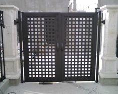Puerta de herrería estiló moderno