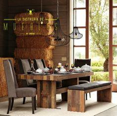 Combinar distintos tipos de asientos en tu comedor con tapices gris oscuro será el toque distintivo en tu espacio, que junto con la madera en tono oscuro harán una combinación perfecta.