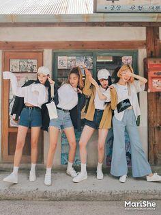 korean fashion white denim pants shorts similar twin look mustard yellow Korean Fashion Trends, Korea Fashion, Asian Fashion, Look Fashion, Girl Fashion, Fashion Clothes, Style Ulzzang, Mode Ulzzang, Ulzzang Girl