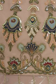 Embroidery Suits Punjabi, Zardozi Embroidery, Hand Embroidery Dress, Embroidery Suits Design, Couture Embroidery, Indian Embroidery, Beaded Embroidery, Embroidery Patterns, Churidar Neck Designs