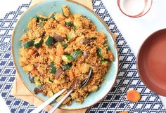 Couscous kent velen smaken, althans in de CLF keuken ;-). Bijvoorbeeld met een lichte limoensmaak zoals in onze frisse speltcouscousof met een Mexicaanse smaa