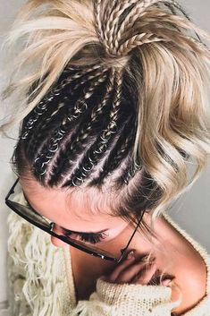 21 Hairdos For Medium Hair To Save Your Time LoveHairStyles com is part of braids - If you are looking for some easy hairdos for medium hair, you are in the right place Check out all inspiring ideas and let's save some time together! Side Braid Hairstyles, Frontal Hairstyles, Pretty Hairstyles, Cornrow Hairstyles White, Teenage Hairstyles, Hairstyles Videos, Elegant Hairstyles, Popular Hairstyles, Medium Hair Styles