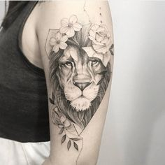 "11.8k Likes, 240 Comments - Tatuagens Femininas • Goiânia (@tatuagensfemininas) on Instagram: ""⚓️ ""Se os teus olhos forem bons, todo teu corpo terá luz."" Feita pelo Tatuador/Tattoo Artist: . …"""