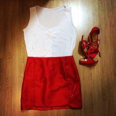 Blusa branca, saia vermelha...look natal..