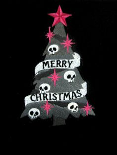 ImageFind images and videos about christmas, skull and gothic on We Heart It - the app to get lost in what you love. Black Christmas, Merry Christmas, Little Christmas, Christmas Greetings, Christmas And New Year, All Things Christmas, Christmas Ideas, Fete Halloween, Halloween Trees