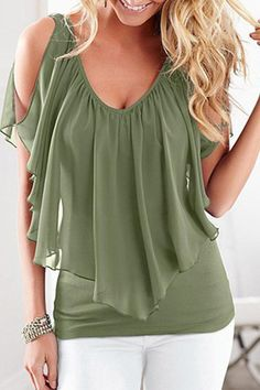 47 Plus Size Blouses To Copy Right Now 2019 - Fashion Moda 2019 Plus Size T Shirts, Plus Size Blouses, Chic Outfits, Fashion Outfits, Fashion Trends, Mode Top, Elegant Outfit, Modest Fashion, Blouses For Women