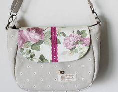 Handmade Handbag Message Bag Flower Sling Bag   by Mingxiastore