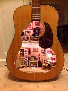 Poppenhuis met muziek? / Dollhouse with music?