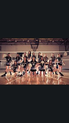 The Effective Pictures We Offer You About Volleyball Pictures male A quality picture can tell you ma Volleyball Team Pictures, Volleyball Poses, Volleyball Setter, Softball Senior Pictures, Volleyball Mom, Volleyball Shirts, Coaching Volleyball, Senior Guys, Senior Photos