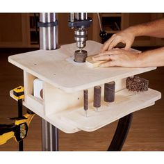 Drill-Press Drum-Sanding Table Woodworking Plan from WOOD Magazine Woodworking Drill Press, Woodworking Workshop, Woodworking Projects, Woodworking Guide, Woodworking Jigsaw, Woodworking Equipment, Woodworking Classes, Teds Woodworking, Drill Press Stand