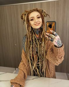 White Girl Dreads, Dreads Girl, When You Smile, Your Smile, Rasta Girl, Girl Tattoos, Tattoo Girls, White Girls, Hippie Style