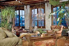 Tour Gerard Butler's Two-Story Loft in Manhattan Photos   Architectural Digest
