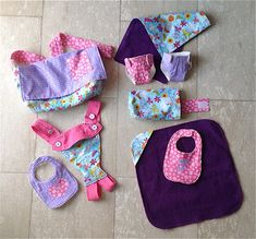 sew bossi: Complete Baby Doll set: Bag, Changing Mat, Nappies, Changing pouch, Carrier, Blanket, Bibs!