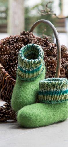 Gründl - Gefühl für Wolle Viera, Straw Bag, Felt, Diy, Bags, Fashion, Diy Tutorial, Knitting And Crocheting, Crafting