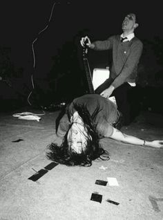The Kills please get me Alison mosshart for Christmas.