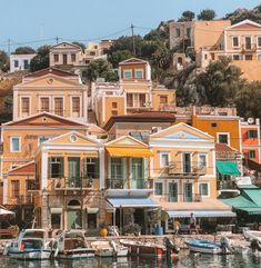 Greece Greece, Mansions, House Styles, Home Decor, Greece Country, Decoration Home, Room Decor, Villas, Interior Design