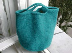 TALL FELTED BAG