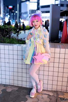 Tokyo Fashion / Kumamiki's Kawaii Fashion in Harajuku Estilo Harajuku, Harajuku Girls, Harajuku Fashion, Kawaii Fashion, Lolita Fashion, Cute Fashion, Harajuku Style, Harajuku Japan, Japanese Harajuku