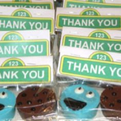 Cookie monster birthday theme oreo cookie favors - easy to make