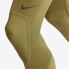 Nike / NikeLab / Essential Training Tights / Garments / 2017 In the last 30 Fashion Details, Fashion Tips, Fashion Usa, Ladies Fashion, Fashion Trends, Sports Luxe, Mens Activewear, Athletic Wear, Sport Wear