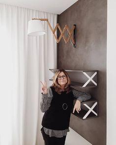 """125 To se mi líbí, 13 komentářů – Jana Vrkotová (@infinity.interier) na Instagramu: """"Hotovo✌. Úleva, spokojenost i smutek z loučení. Když žijete projektem víc než rok, tak se emocím…"""" Wall Lights, Lighting, Instagram, Home Decor, Appliques, Decoration Home, Room Decor, Lights, Home Interior Design"""