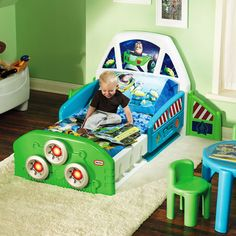 Disney Toy Story Buzz Lightyear Spaceship Toddler Bed - $172.48