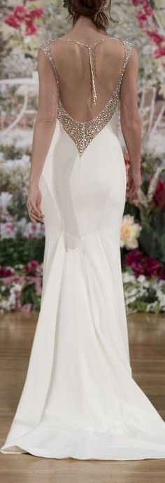 Wedding Dress by Maggie Sottero Fall 2017 NYBFW Runway Show / Sexy plunging back on Evangelina