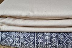 Это мои первые шарфы. Амазонас Натур и Дидимос Индио Темно Сене Белый.