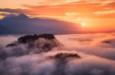 A Morning Above The Clouds https://500px.com/photo/208845605/a-morning-above-the-clouds-by-daniel-f-?utm_campaign=crowdfire&utm_content=crowdfire&utm_medium=social&utm_source=pinterest