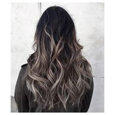 Pin for Later: 45 Balayage Hair Color Ideas to Inspire Your Next Salon Appointment                                                                                                                                                                                 Más
