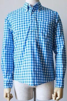 1961 Polo Big Gingham ch  品番231006 C/#24 Turquoise コットン100%  THOMAS MASONが誇る定番素材のZEPHIR1818シリーズは 60番単糸でケバのないコンパクトヤーンを使い、19世紀に開発された上質なシャツ地として、今も愛され続けています。 洗いざらしがお勧めの、大きなギンガムチェックです。  1961 Poloは裾口のカッティングが特徴的なやや細めで着丈も短く全体的にすっきりとしたシルエットのB.Dプルオーバー。 これからの季節にオススメしたい爽やかな一着です。