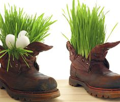 Easter decoration Timberland Boots, Happy Easter, Cowboy Boots, Diy And Crafts, Inspiration, Shoes, Gardening, Cakepops, Funeral