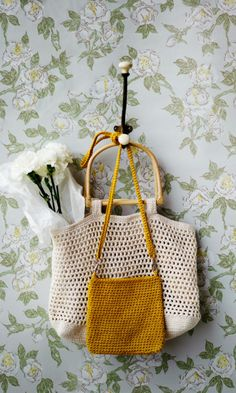 Vintage Country, Retro Vintage, Pouch, Wallet, Knitted Bags, Mustard Yellow, Knit Crochet, Crafty, Tote Bag