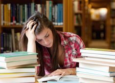 22 Tips for College Students to Stress Less. How to cope when stress creeps into your campus routine. Lsat Prep, Gre Prep, Medical School, Law School, School Days, High School, Exams Tips, Vestibular, Graduate School