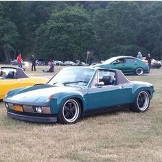 """315 mentions J'aime, 22 commentaires - PORSCHE 914 ENTHUSIASTS® (@porsche.914) sur Instagram: """"@lous_cars is the new owner of this beautifully colored GT Flared 914/4. Staggered 17"""" Fuchs really…"""""""