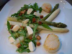 Jakobsmuschel mit Spargel-Rucola-Salat