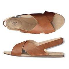 Cushion Walk® Cross-Band Flat Sandal