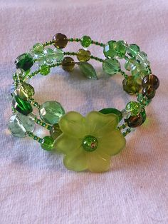 Lucite Flower Focal - Gorgeous Memory wire bracelet by MardeansPerez on Etsy, $20.00