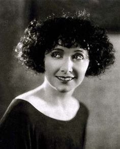 Mae Busch photo