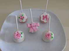 Cakepops para aniversário de menina com Tema Romântico