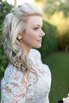 Half back with Volume and Curl - Medium Hairstyles for Wedding