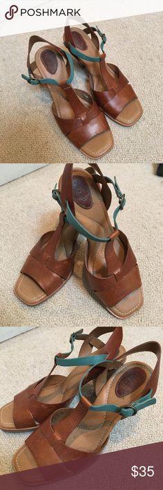 Fossil Heels Gently worn fossil heels. Size 7. Wear as shown. Fossil Shoes Heels