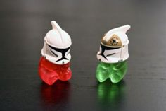 Gummie Bears + Star Wars Lego helmets = AWESOME!! ^.^!! LOL!!