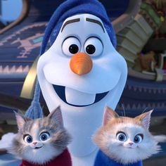 Olaf's Frozen Adventure has many easter eggs, just as we expect from our favorite Disney movies - even the short films. Here are 5 awesome Olaf easter eggs. Frozen Disney, Disney Frozen Olaf, Frozen Frozen, Frozen Wallpaper, Wallpaper Iphone Disney, Cute Disney Wallpaper, Disney Art, Disney Pixar, Walt Disney