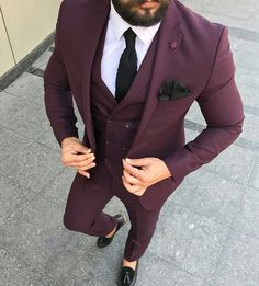 Perfect Suit Styles for Men NALOADED is part of Mens fashion suits - Hello,Today we bring to you Perfect Suits Styles for Men This styles are amazing and outstanding an Indian Men Fashion, Mens Fashion Suits, Mens Suits, 90s Outfit Men, Blazer Outfits Men, Best Suits For Men, Cool Suits, Suit Styles For Men, Suit For Men
