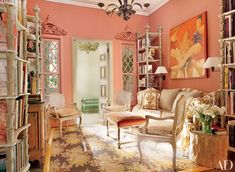 Nicky Haslam's Glamorous Interiors | Architectural Digest Coral Walls, Peach Walls, Peach Rooms, Home Interior, Living Room Interior, Interior Design, Pastel Room, Pink Room, Architectural Digest