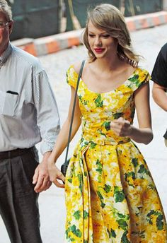 Taylor in yellow!